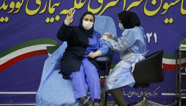 رونمایی از اولین محصول تولید واکسن کوو ایران برکت