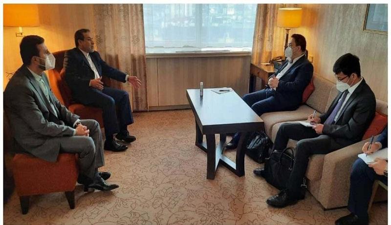 رایزنیهای برجامی مذاکرهکننده چین با سید عباس عراقچی