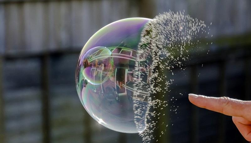 «حبابِ داتکام»: بزرگترین حبابِ فناوریمحور چگونه تشکیل شد و چگونه ترکید؟