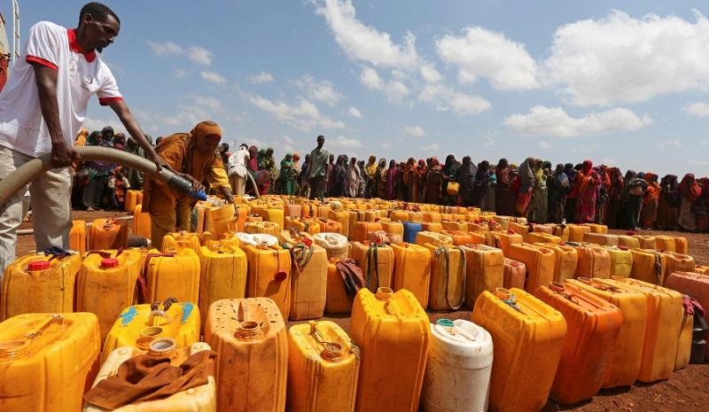 خطر مهاجرت ۵۰ میلیون ایرانیِ مقیم فلات مرکزی / آیا ایران «سومالی» میشود؟