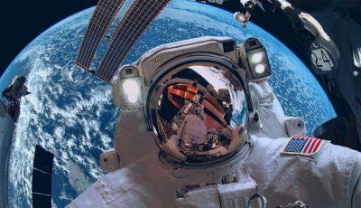 یک هفته سفر به فضا چند؟