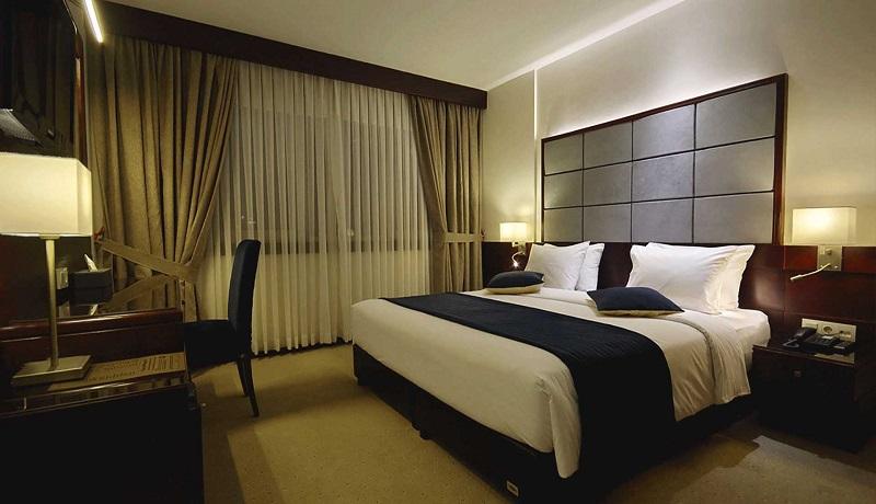 تورم نقطهای ۶۲ درصدی هتل و رستورانها