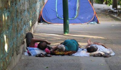 واکنش مخاطبان به خیابان خوابی همراهان بیمار / «تقسیم ناعادلانه امکانات درمانی»