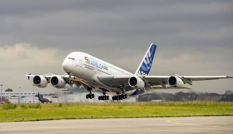 امیر قطر یک هواپیمای لوکس به رئیسی هدیه داد
