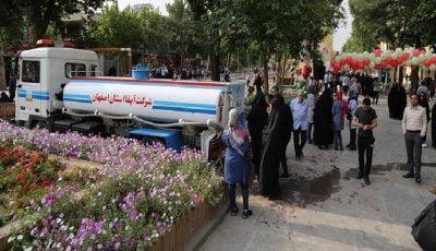 وضعیت بحرانی آب شرب اصفهان/ آبرسانی سیار انجام میشود
