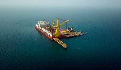 آغاز انتقال نفت از دریای عمان/ زنگنه: روزی تاریخی در صنعت نفت است