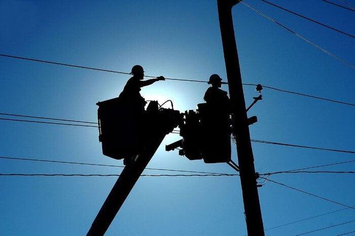 خسارت مشترکان برق کی پرداخت میشود؟