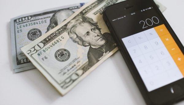 صعود دلار به مرز حساس / علت افزایش قیمت دلار چه بود؟