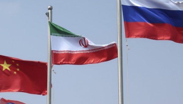 معامله پشت پرده بر سر دریای خزر / ایران برای صادرات گاز به روسیه باج داده؟