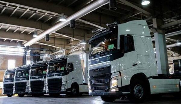 ترخیص کامیونهای دپوشده در گمرکات کشور
