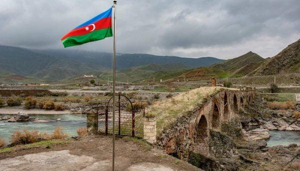 تنش ۱۳۰ دلاری دو کشور!/ پشت پرده اختلاف ایران و آذربایجان چیست؟