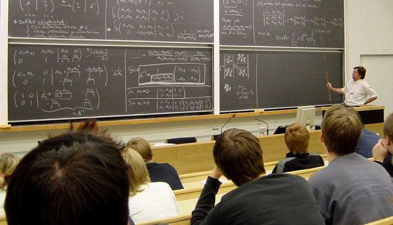 برای موفقیت باید مدرک دکتری داشت؟/  تحصیلکردهترین ملتهای جهان کدامند؟